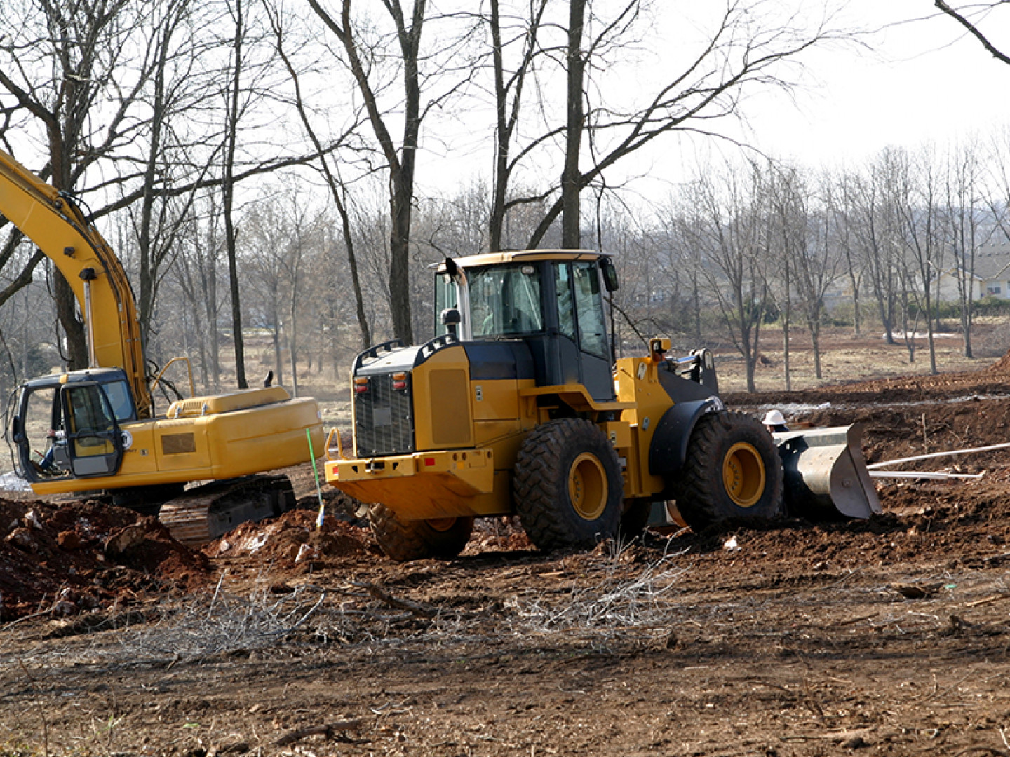 Complete Land Clearing and Brush Grinding Services
